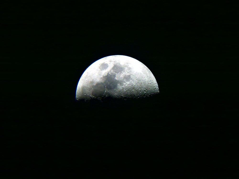 ۱۳ فروردین، ماه در وضعیت تربیع اول قرار میگیرد