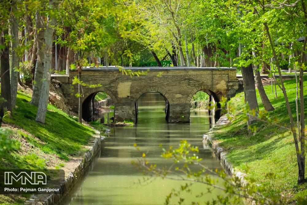 باز زنده سازی نهر نیاصرم در منطقه یک