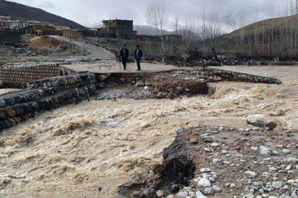 تخلیه  ۱۵۰ هزار مترمکعب آب از بند خاکی دهبالا کرمان