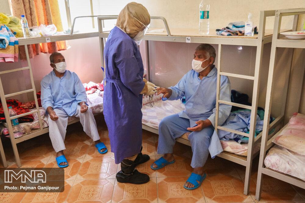 بیماران کرونایی در نقاهتگاههای از پیش تعیین شده قرنطینه میشوند
