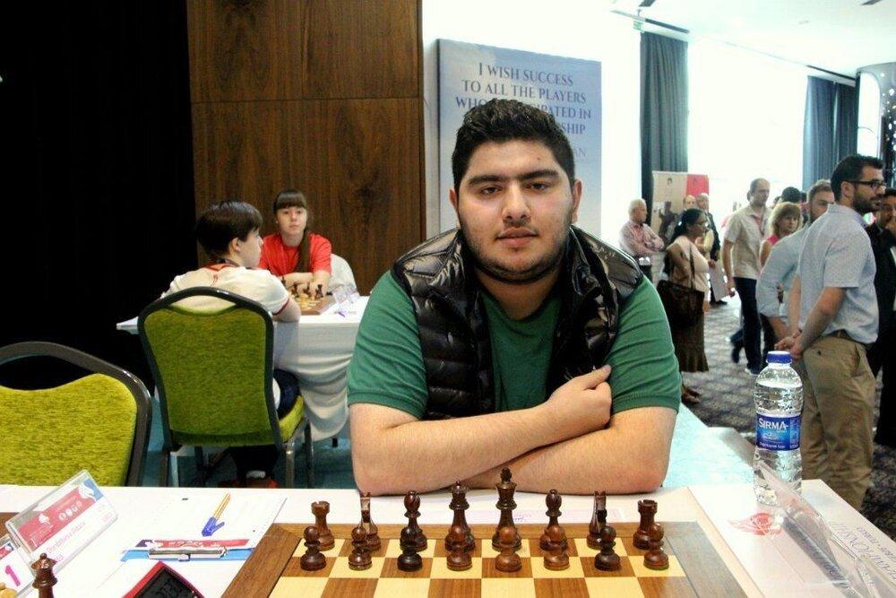 شطرنجباز ایرانی از دور رقابتهای جایزه بزرگ حذف شد