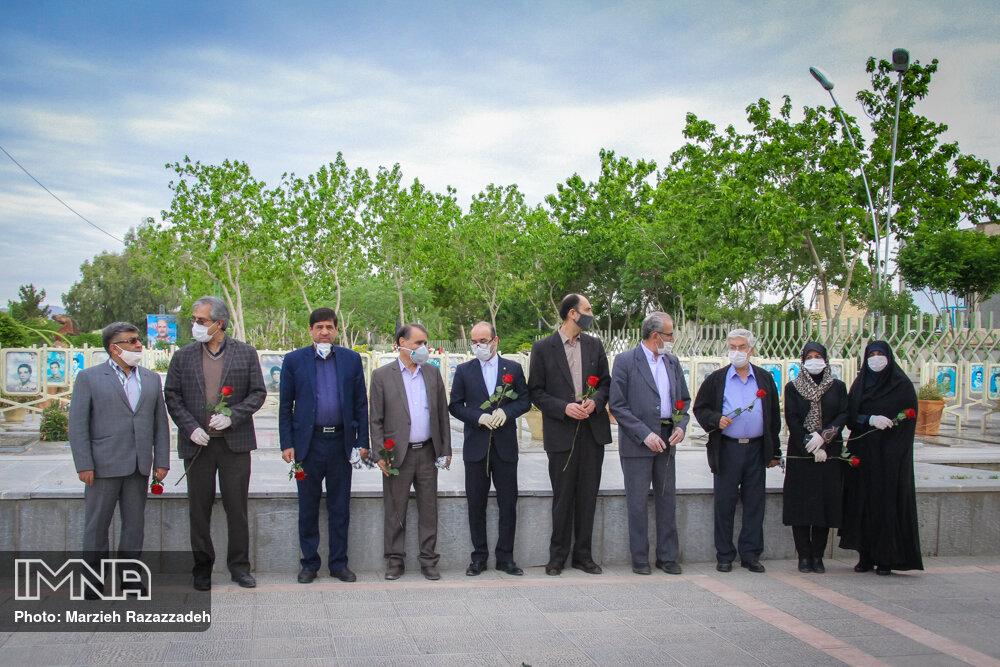 روز شوراها