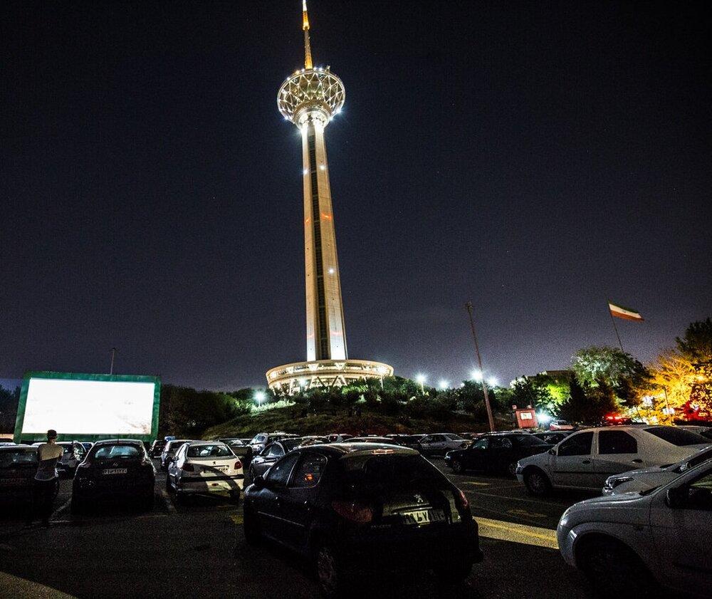 """استقبال شهروندان از """"سینما ماشین"""""""