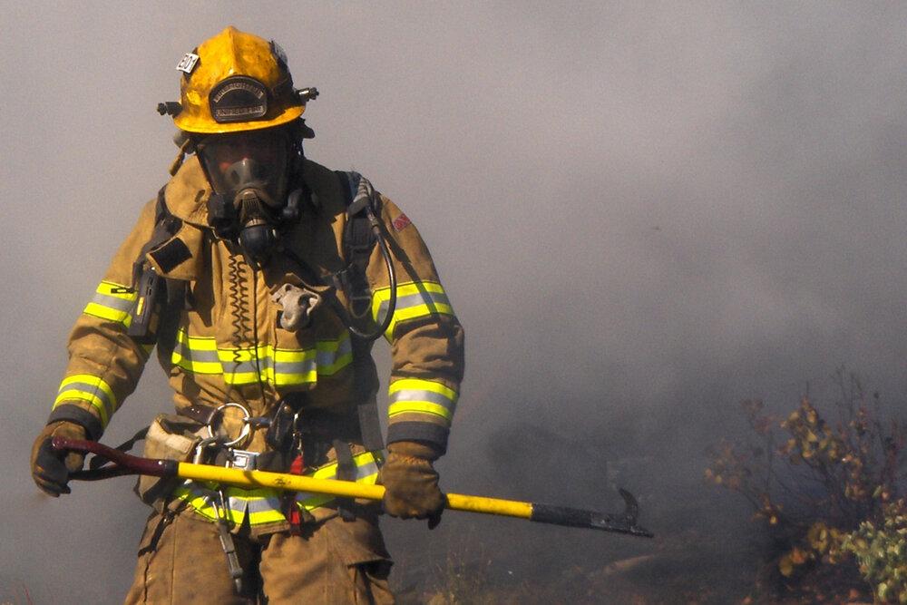 آتش نشانان لنگرود به ۲۹۹ مأموریت اعزام شدند