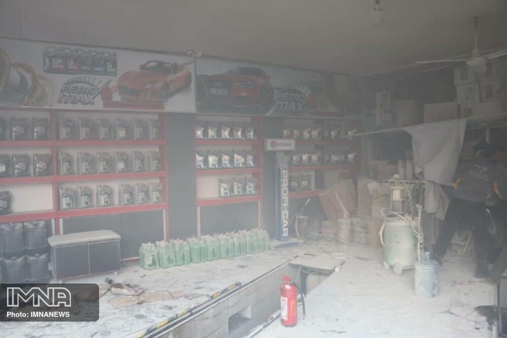 انفجار در خیابان مولوی ۳ مصدوم برجا گذاشت+عکس
