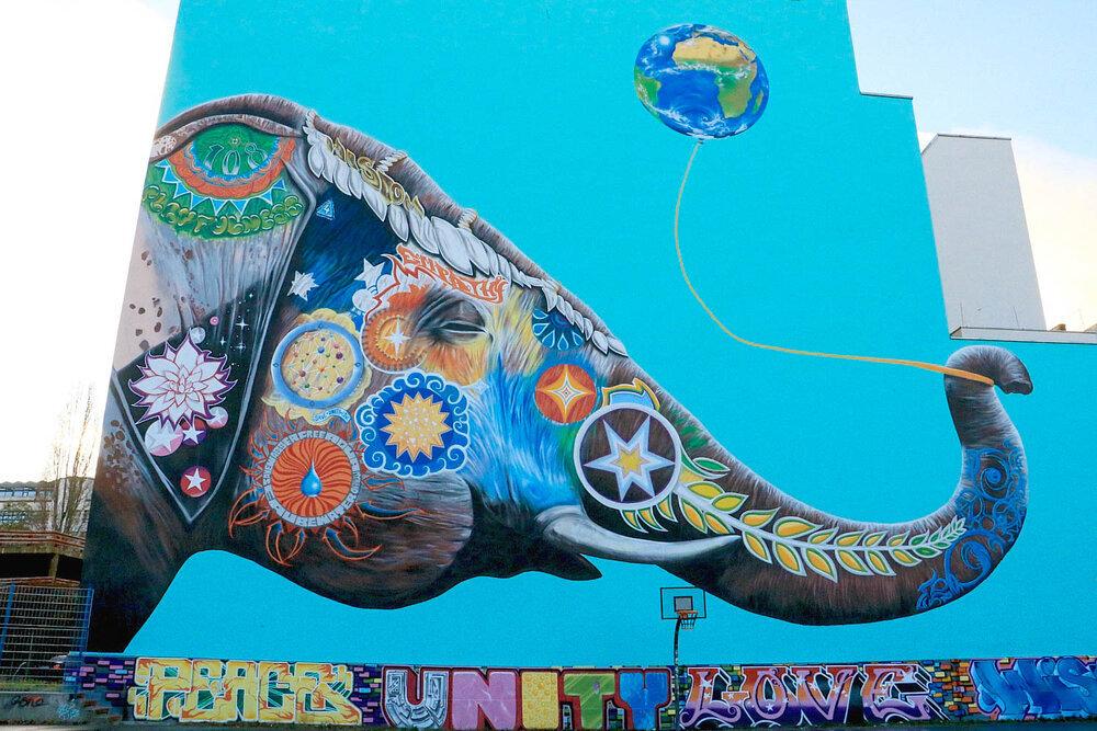 دیوارنگاره ها روحی تازه در کالبد محلههای متروک+ فیلم