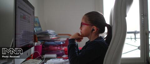 والدین تا چه میزان در آموزش آنلاین نقش دارند؟