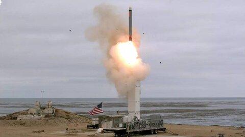 رونمایی سپاه از سامانه هوشمند پرتابهای متوالی موشک های بالستیک دوربرد