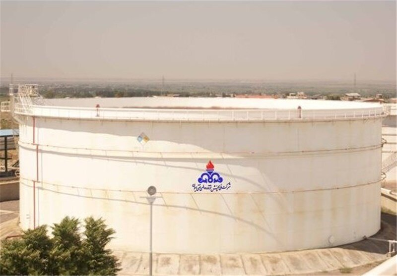 آغاز ساخت ۶ مخزن جدید ذخیرهسازی فرآوردههای نفتی در بندرعباس