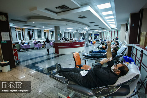 اهدای خون در شب های  قدر