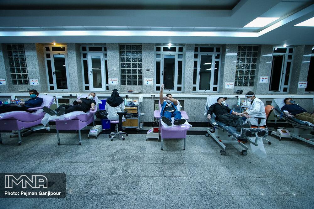 نیاز به اهدای پلاسمای کوویدی افزایش داشته است/اهدای خون ۲۵۰ نفر در روز اربعین