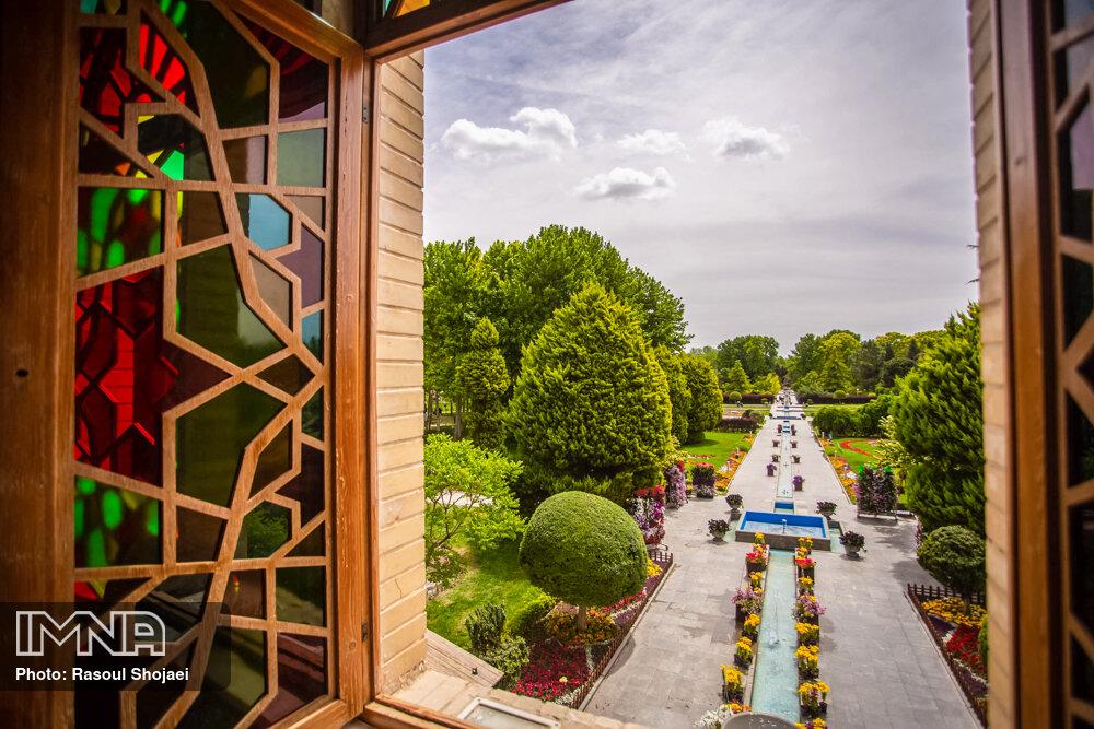 نرخ بلیط باغ گلهای اصفهان در سال ۹۹ مشخص شد