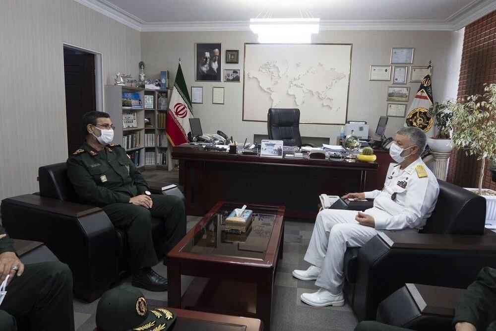 مدافعان نیروی دریایی ارتش و سپاه تهدیدات دشمن را ناکام کردهاند