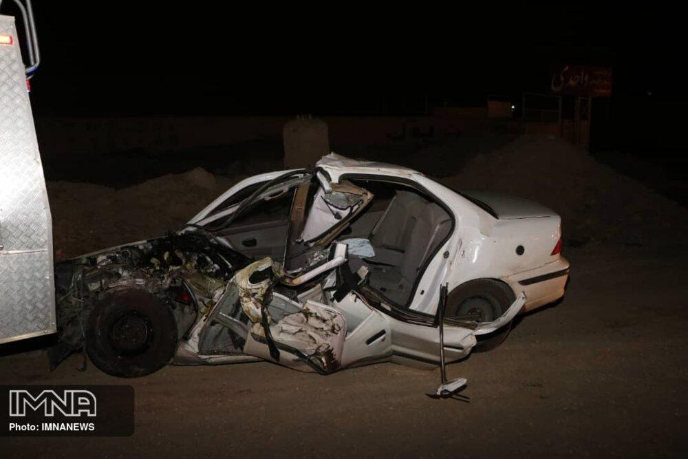 فوت مرد ۶۷ ساله در تصادف دو خودروی سمند