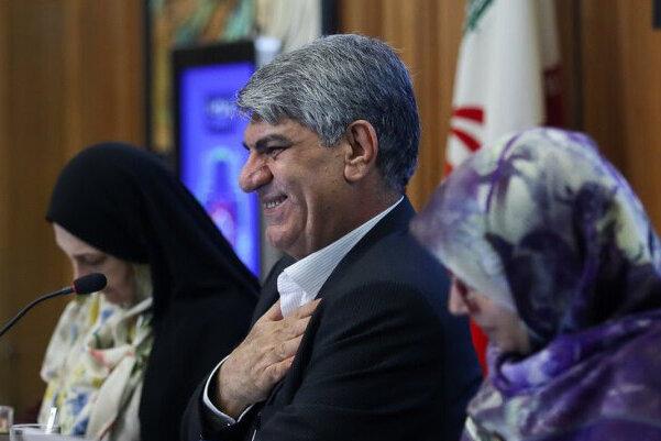 حذف فرهنگ ملی در کتابهای درسی بیسابقه نیست/ لزوم برگزاری باشکوه هفته تهران