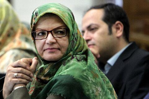 انتقاد خداکرمی از ارسال پیامکهای فلهای اخطار کشف حجاب
