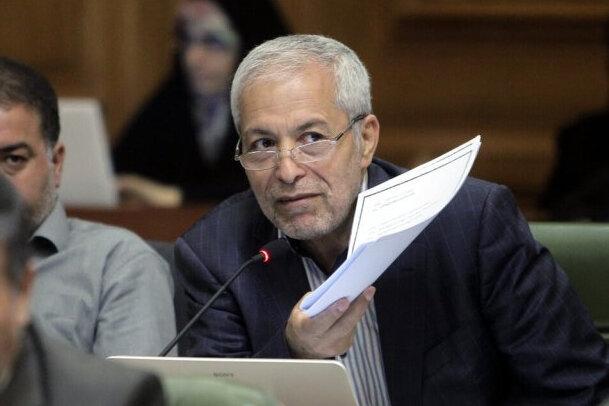 انتقاد عضو شورا از رفتار بانک رفاه با شهرداری تهران