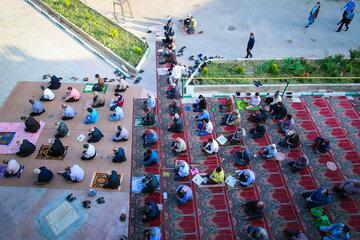 نماز عید فطر چگونه است؟ + متن، آموزش، تعداد قنوت و تکبیر نماز عید فطر
