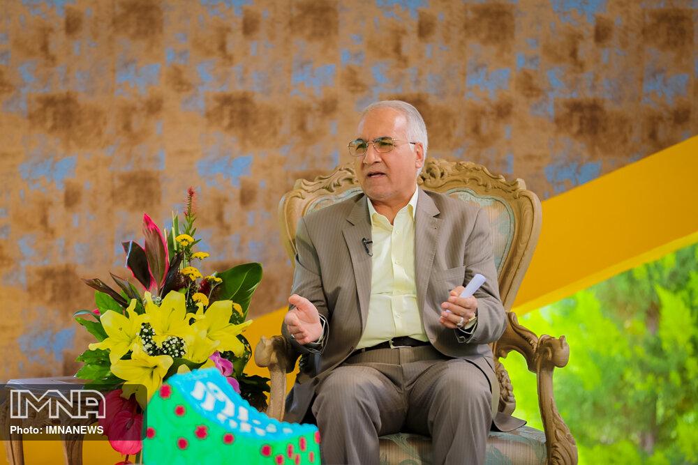 نوروزی: بیش از ۹۷ عنوان برنامه در هفته اصفهان به صورت مجازی برگزار میشود