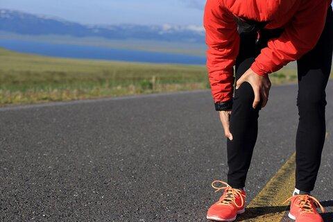 علائم آسیبهای مفصل زانو چیست؟