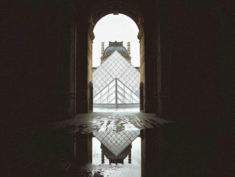 موزه لوور ماه آینده بازگشایی میشود