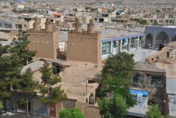 برجهای دو قلوی صفا به ظرفیت گردشگری نجفآباد تبدیل میشود