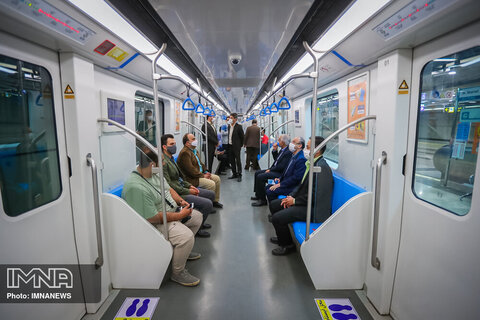 مسافران حدالمقدور در ساعات پیک با مترو سفر نکنند/کاهش سرفاصله حرکت قطارها