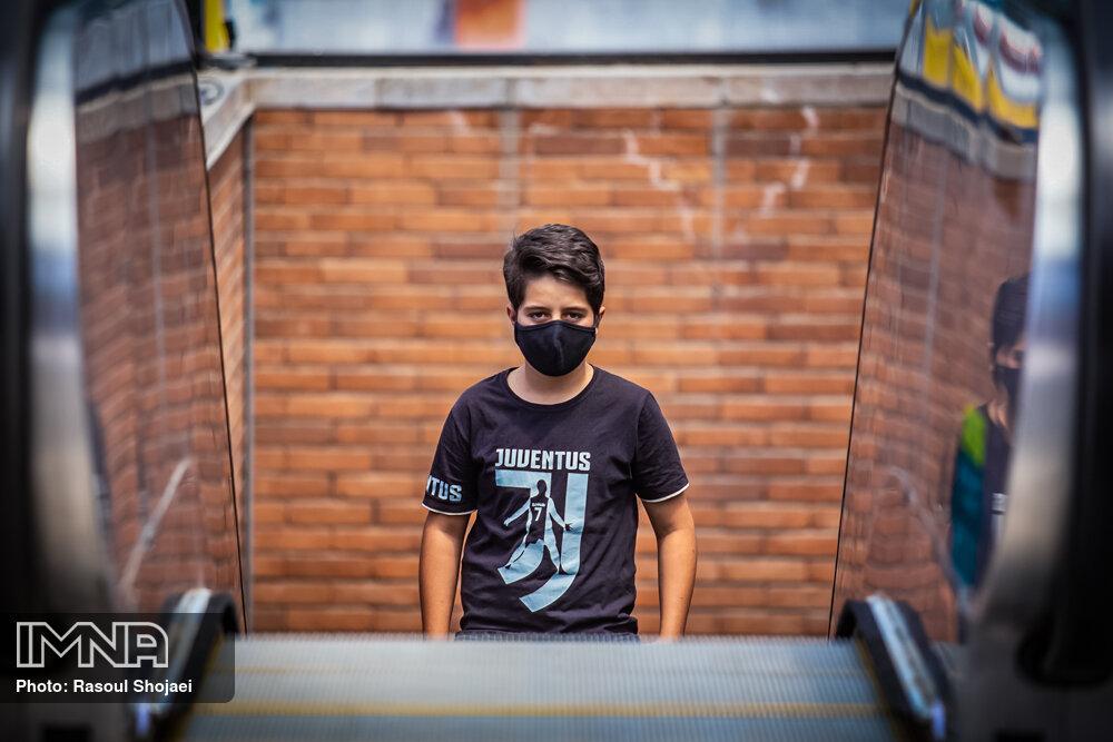 شهروندان تهران که ماسک نمیزنند جریمه شوند