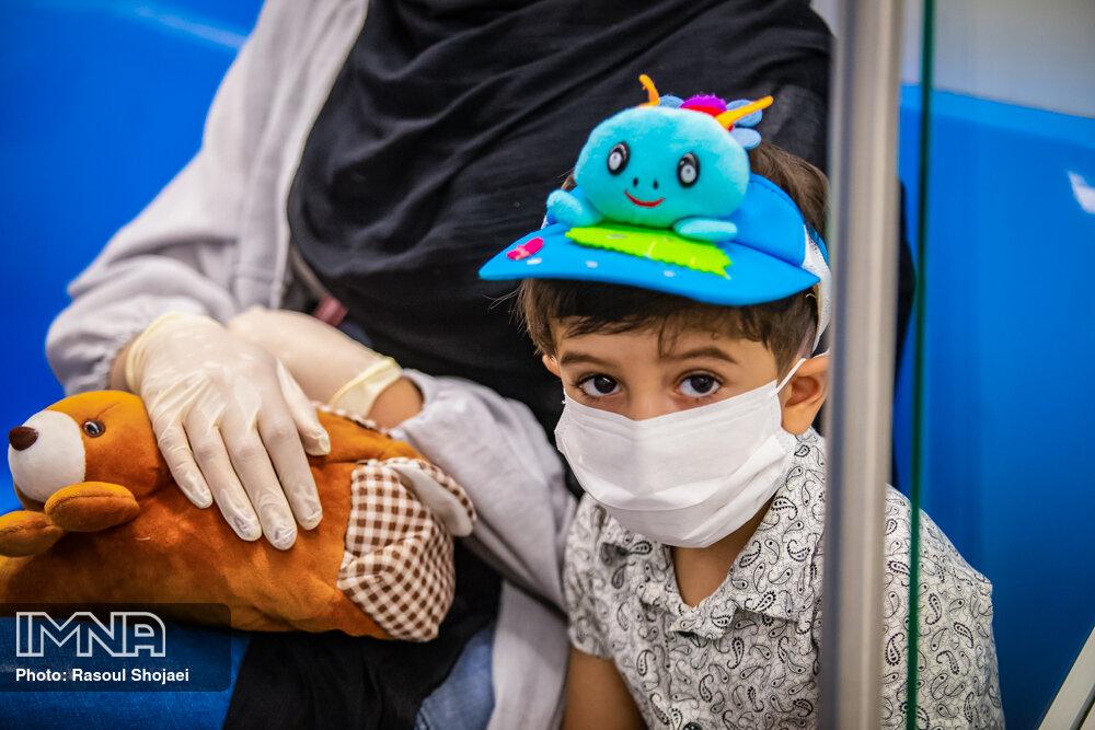 شهروندان اصفهان در تامین ماسک مشکل دارند