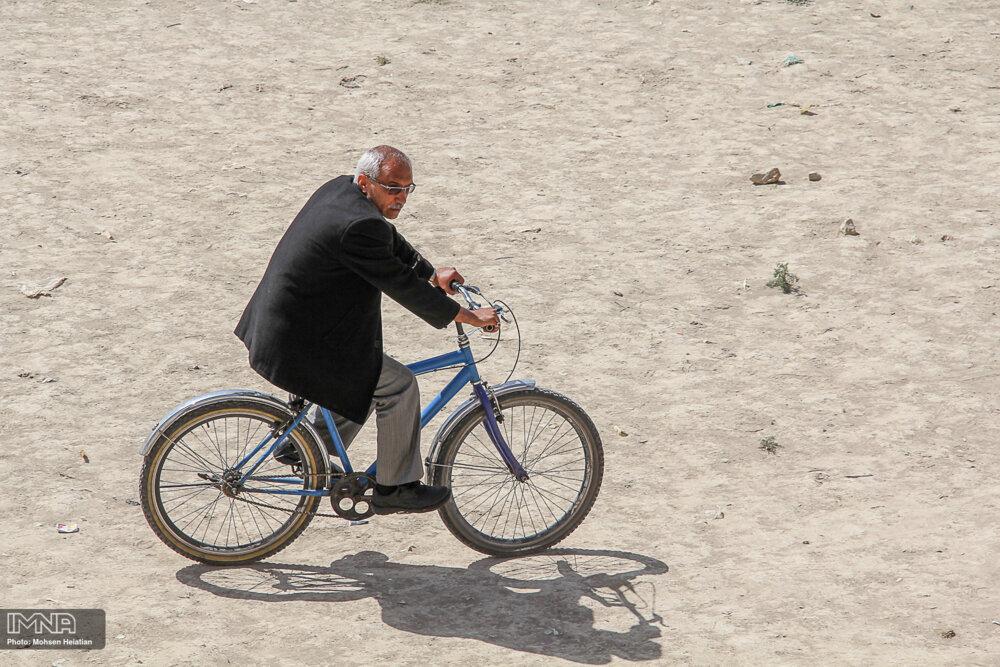 مسیر دوچرخهسواری در بلوار یاسمین بابل ایجاد میشود