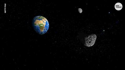 سیارکی  از کنار زمین عبور میکند