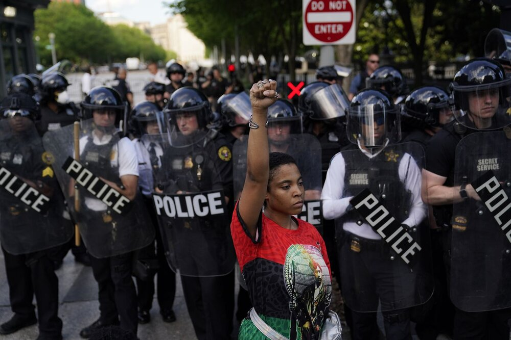 استفاده پلیس سیاتل از گاز اشکآور ممنوع شد
