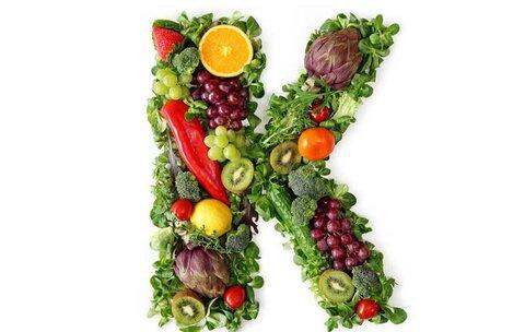 نقش ویتامین K در مقابله با بیماری کووید ۱۹ چیست؟