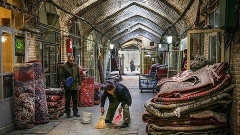 بازار مرکزی فرش اصفهان نیمه تعطیل است