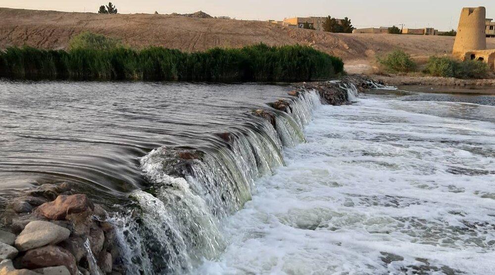 رهاسازی آب از سد رودشتین به سمت گاوخونی