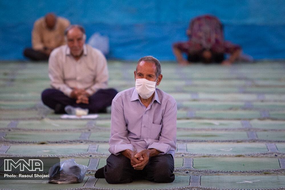 کرونا باعث خالی شدن مساجد از جمعیت نشود