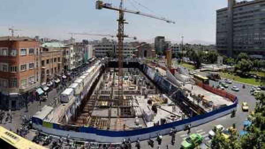 آغاز عملیات نازک کاری و اجرای نمای ساختمان خانه شهر