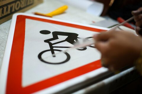 اصلاح و نصب ۸۰۰ تابلوی ترافیکی در شهر گلپایگان