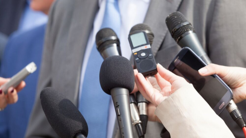 وزارت ارشاد خبرنگاران را بیمه نمیکند