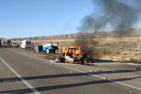 هفت نفر در آتش حادثه رانندگی در فارس سوختند