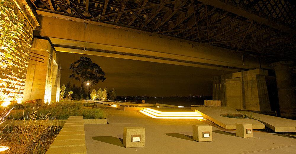 استفاده بهینه از فضای زیر پلها
