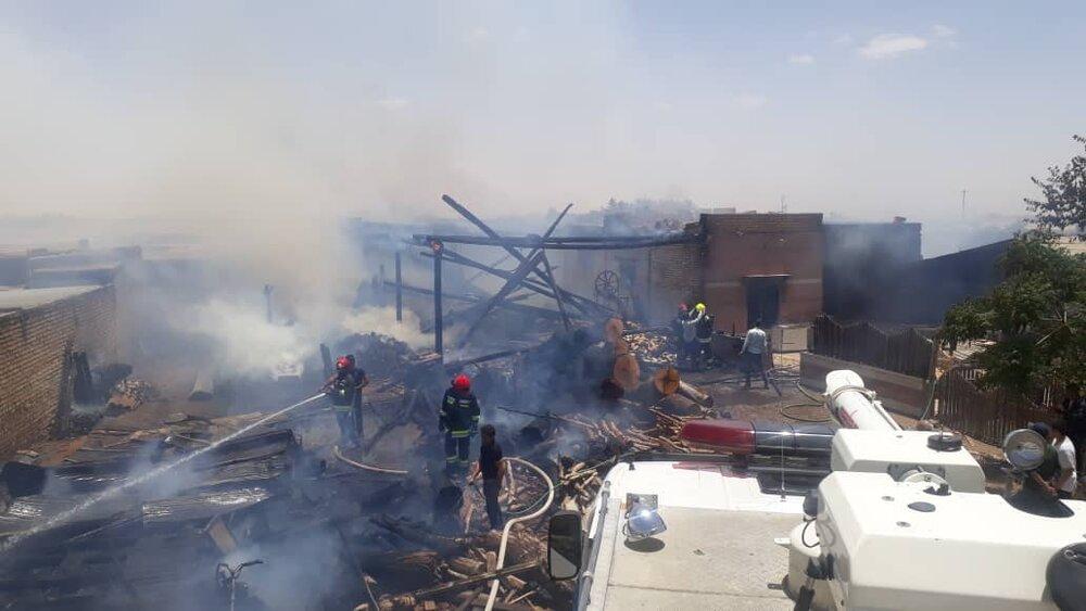 تخریب یک منزل مسکونی براثر وقوع آتشسوزی در شهرضا