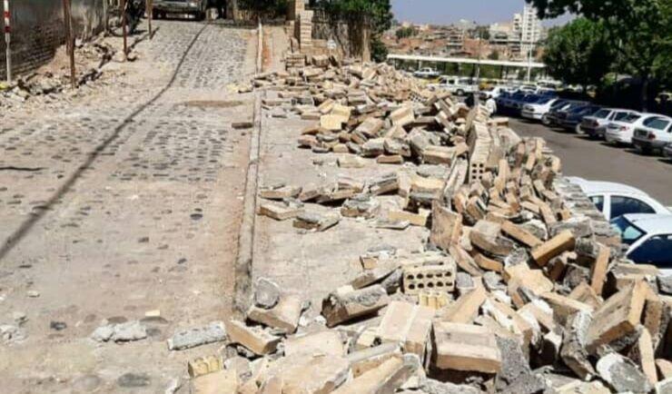 تخریب بخشی از جان پناه گذر تاریخی معزی دزفول