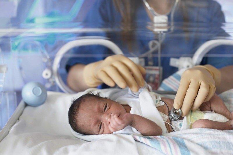 کرونا از مادر به جنین منتقل میشود؟