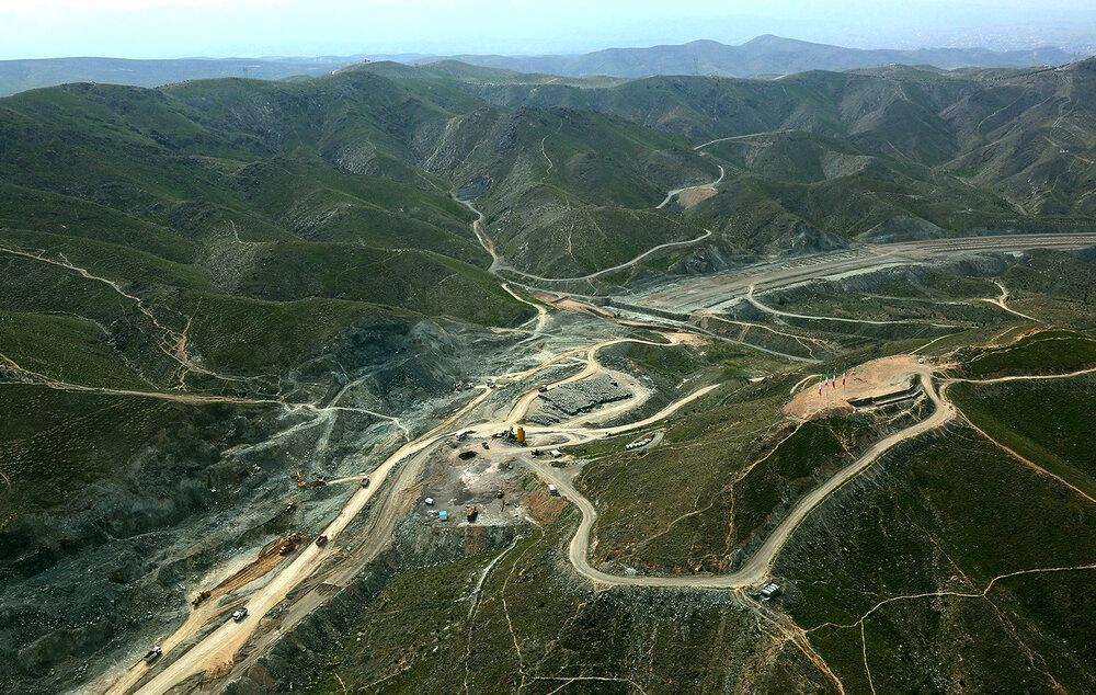 اجرای کوه پارک در ارتفاعات جنوبی مشهد یک شهرسازی تاکتیکال است