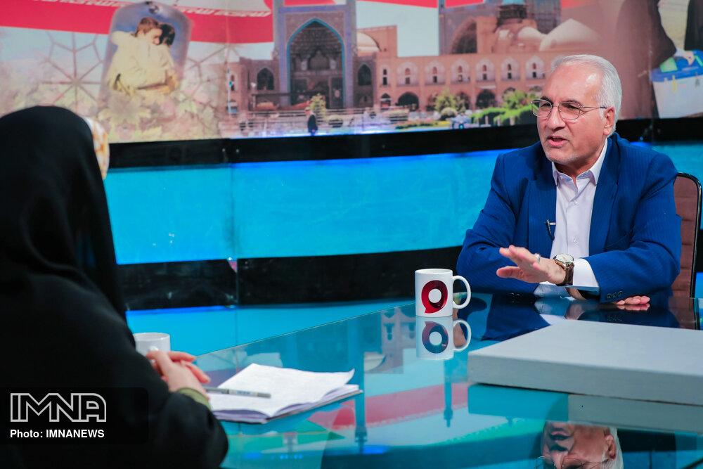 تبدیل مرکز همایشها به یک منطقه دیپلماتیک/ تراموا به اصفهان میآید
