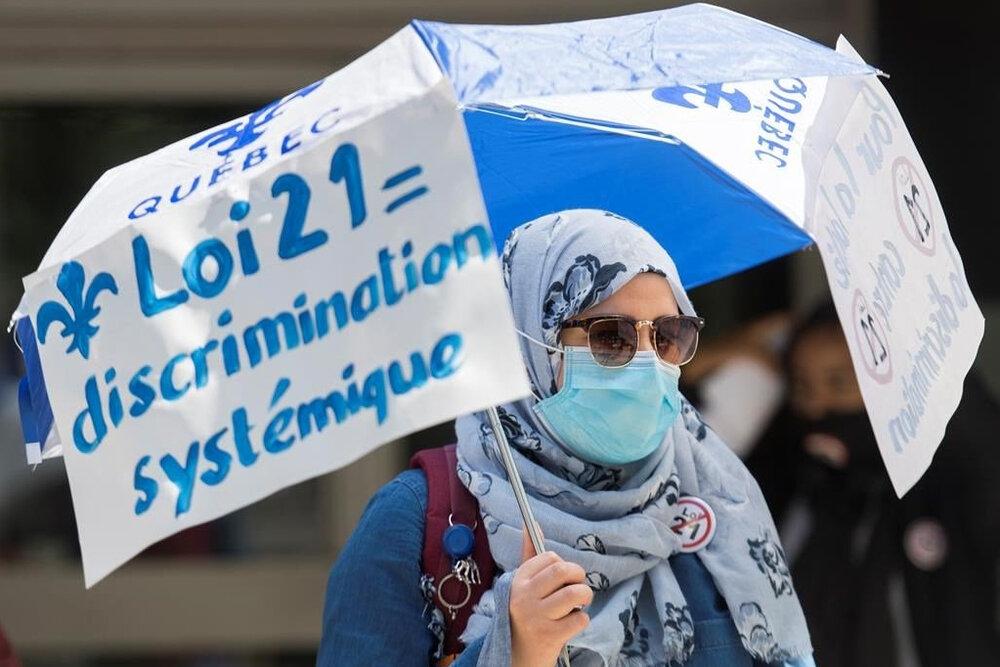 محکومیت قانون ممنوعیت نمادهای مذهبی کبک به تصویب رسید