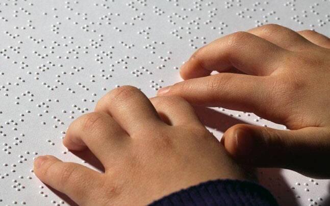 کرونا ویروس چه مشکلاتی را برای نابینایان ایجاد کرده است؟