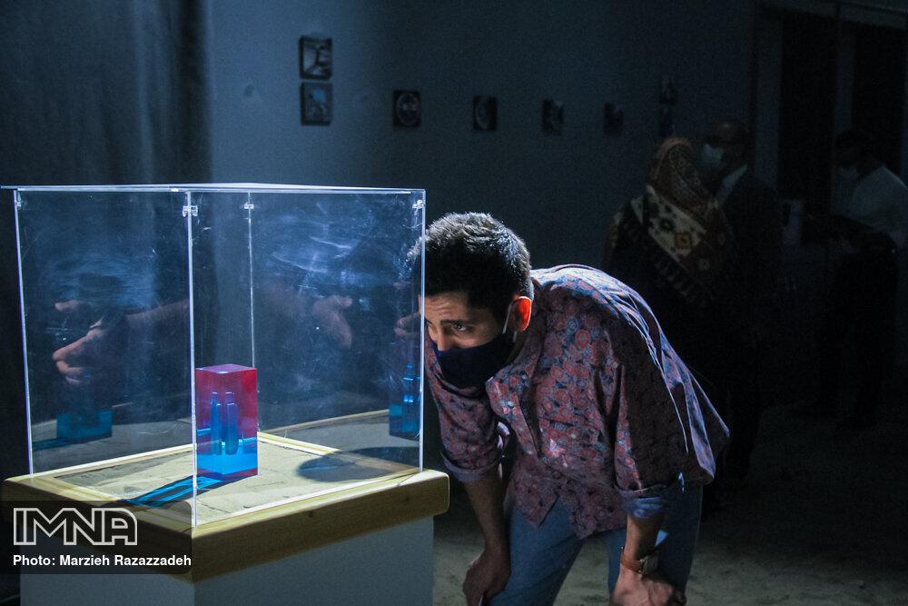 """نمایشگاه """" تا هنر معاصر"""""""