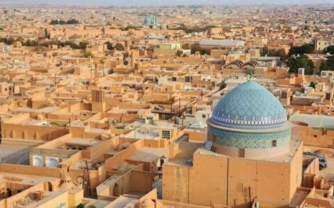 اهدای جایزه استاد پیرنیا به ۲۵ واحد مسکونی یزد